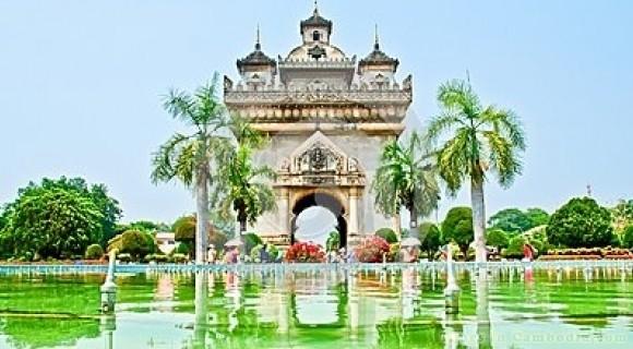 Patuxai in Vientiane
