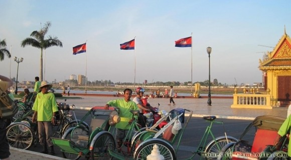 Cyclo around Phnom Penh