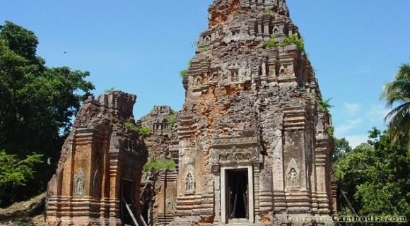 Prasat Phnom Banan in Battambang