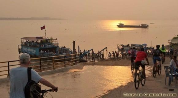 Cycling along Mekong River