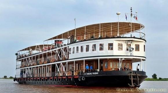 Pandaw Cruise Downstream from Siem Reap to Saigon